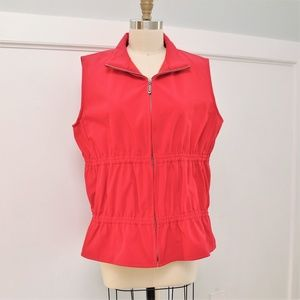 TravelSmith Red Sleeveless Vest
